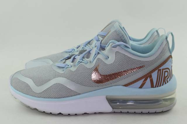 NIKE AIR MAX FURY WOMAN SIZE 6.5 NEW PURE PLATINUM RUNNING COMFORT