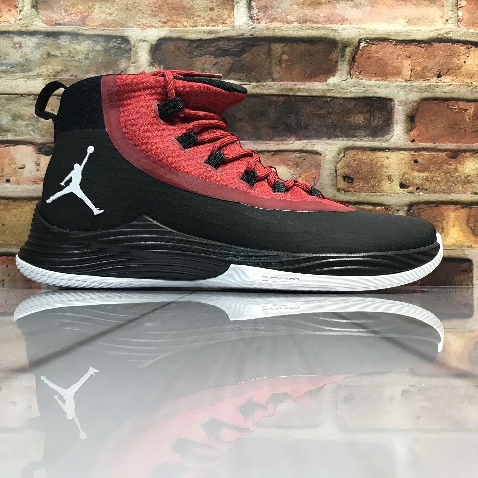la jordanie ultra voler 2 Noir blanc  blanc Noir rouge taille 10,5 baskeball gym 897998 001 chaussures pour hommes 690d4c