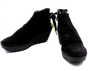 Fly-London-38-US-7-7-5-M-Leather-Oil-Suede-Ruched-Black-Ankle-Boots-Tie-Wedge