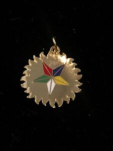 Eastern-Star-Medallion-Charm-Gold-Tone-Lot-574