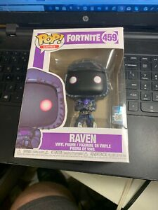 BRAND-NEW-POP-GAMES-FROM-FORTNITE-RAVEN-459-IN-HAND