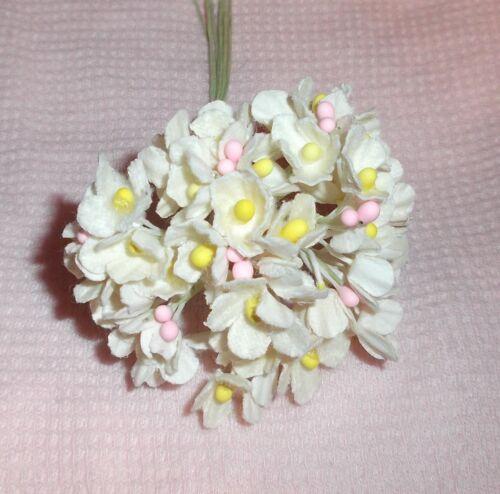 pick Dolls /& Crafts VINTAGE White flocked Parchment FORGET ME NOT floral bunch