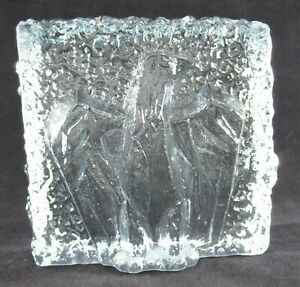 Hand-Blown-Art-Glass-Textured-Ice-Block-with-Relief-Eagle-Blue-Tint-Paperweight