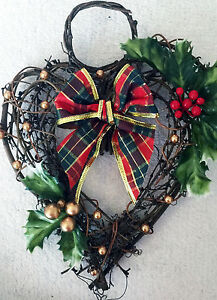 Christmas Heart Wreath.Details About Twiggy Hanging Heart Xmas Wreath With Tartan Ribbon Holly Red And Gold Berries