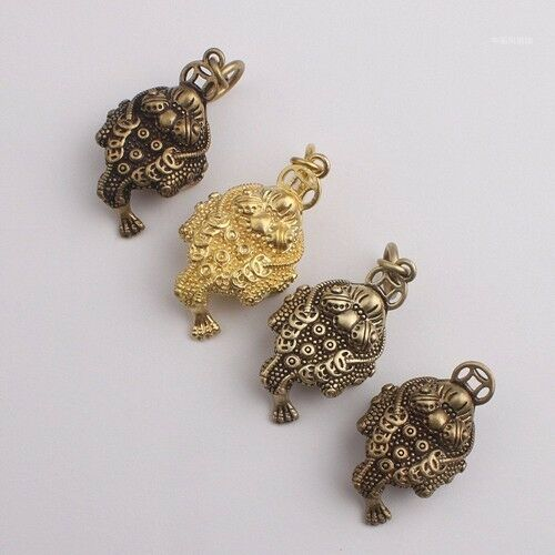 Chinese Style Copper Three 3 legs Toad Pendant Brass Key chain ring Fallinger