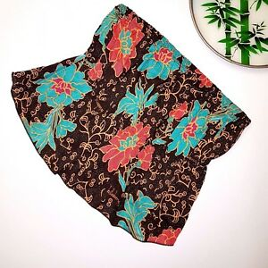 Billabong-size-S-Womans-Cute-Crop-Top-Branded-Floral-Design-Crinkle-Effect-Style