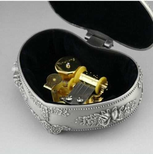 TIN ALLOY HEART SHAPE WITH FLOWERS MUSIC BOX ♫ RIVER FLOW IN YOU ♫ 2