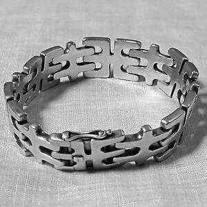 Sleek Danish Modern Ring Designed by Jorgen Jensen c 1970