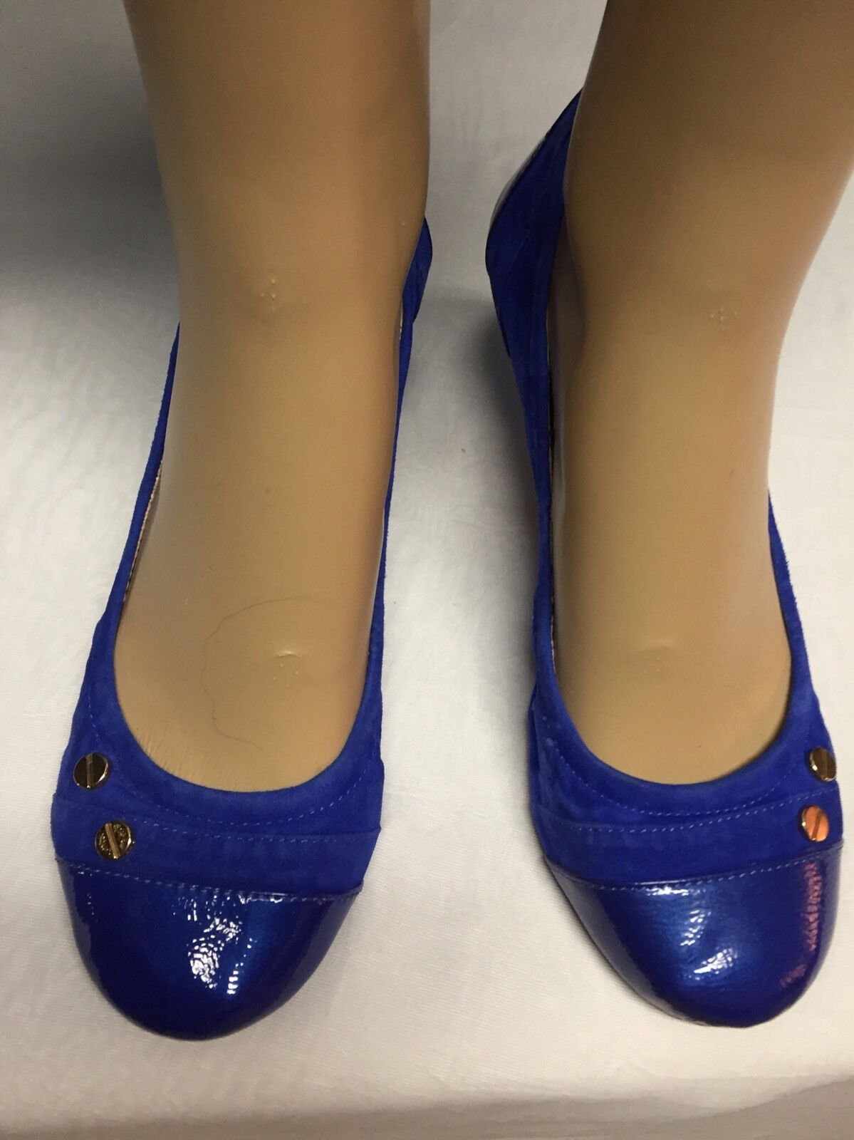 VINCE CAMUTO COBALT blueE SUEDE BALLET FLAT WITH gold EMBELLISHMENT SZ 6 36