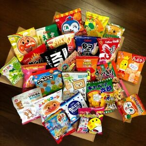 Japanese-Snack-amp-Candy-Box-Set-26-pc-Wide-Variety-Assortment-w-Tracking