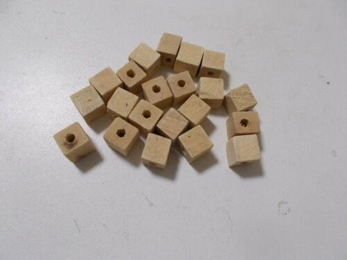 A73 Hole 3mm 120pcs x 10mm WOODEN CUBE Square Beads Unpainted Natural