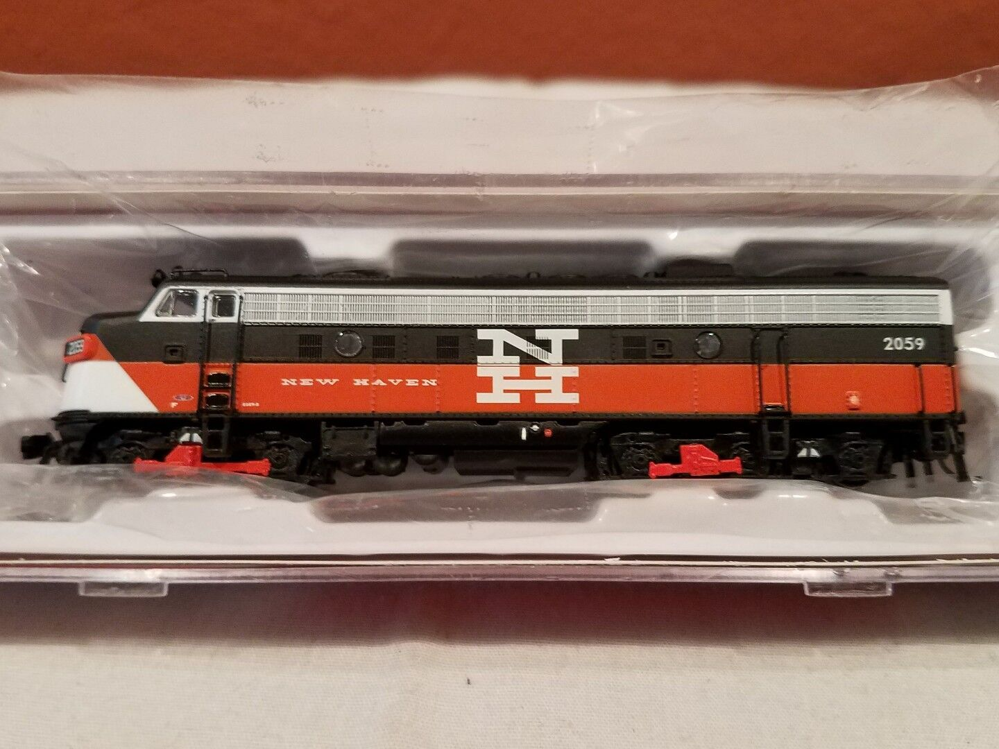 N SCALE RAPIDO TRAINS 15525 EMD FL9 NH EDER-5A RD DCC SOUND EQUIPPED NEW