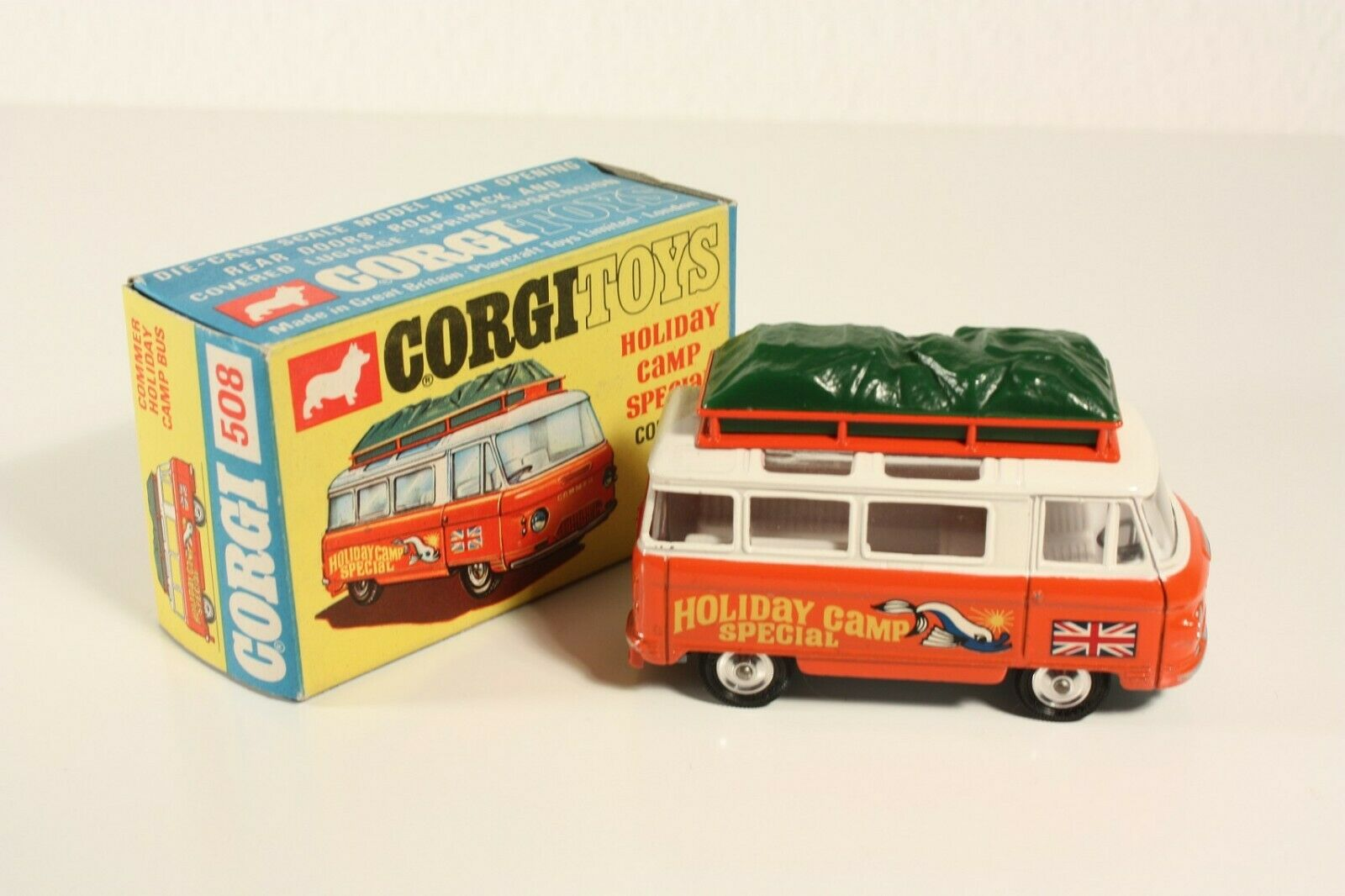 CORGI TOYS 508, commer Holiday Camp bus, Mint in Box  ab2295
