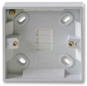 16 mm Simple 1 Gang Plastique Blanc Surface Pattress Back Box prise murale Interrupteur