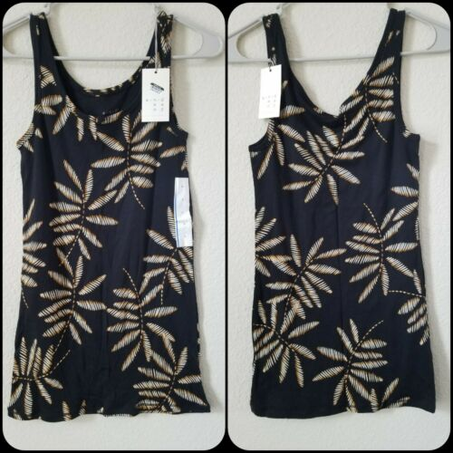 A NEW DAY Tank Top HAWAIIAN Design Size LARGE *Super Soft *NWT**Great Gifts**