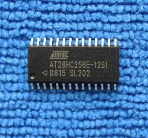 10pcs AT28HC256E-12SI AT28HC256E 32K x 8 haute vitesse parallèle EEPROM SOP-28