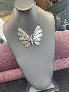 Vintage Silver Tone  Extra Large Butterfly Pendant Necklace 16""