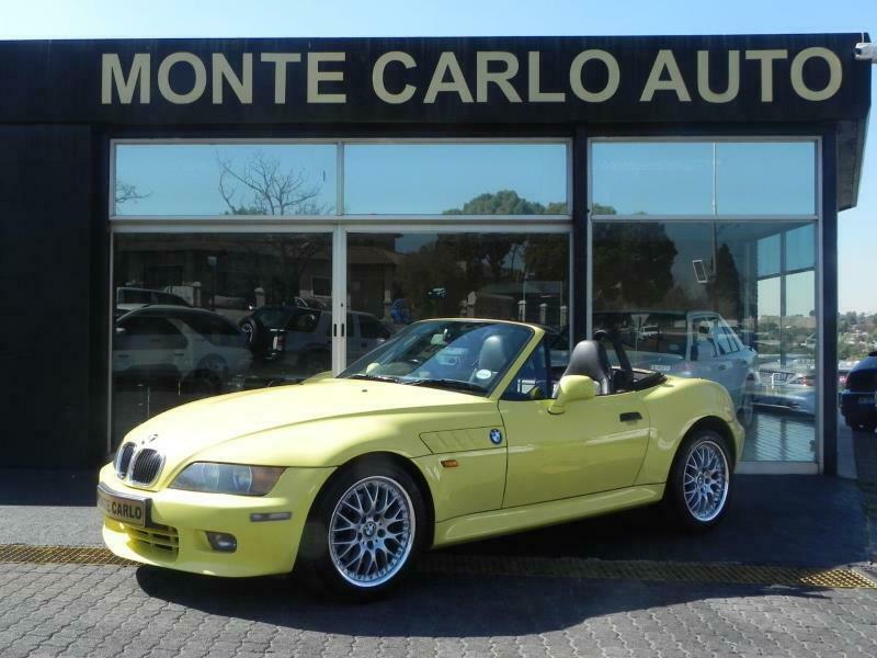 2002 BMW Z3 3.0i Roadster, Yellow with 122000km available now!