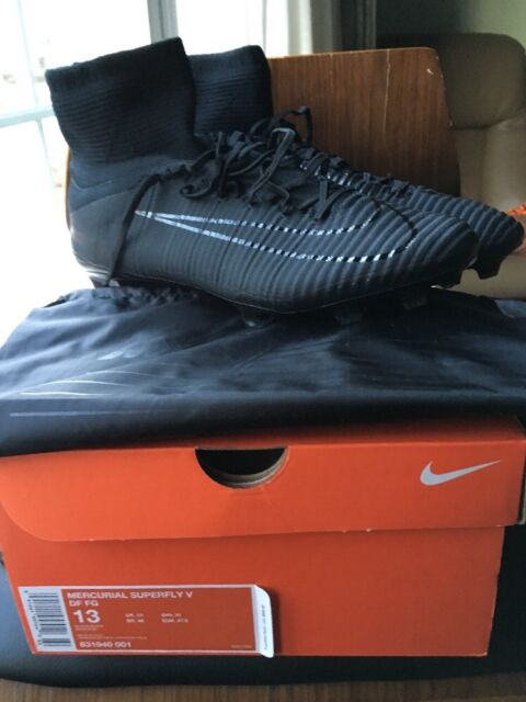 831940 013 *NEW WITH BOX* SZ NIKE MERCURIAL SUPERFLY V FG ACC SOCCER CLEATS