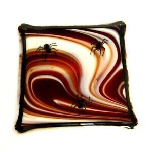HANDMADE-ART-GLASS-SWIRL-SPIDER-TILE-MAROON-WHITE-BLACK-5-75-034-X-5-75-034-SQUARE
