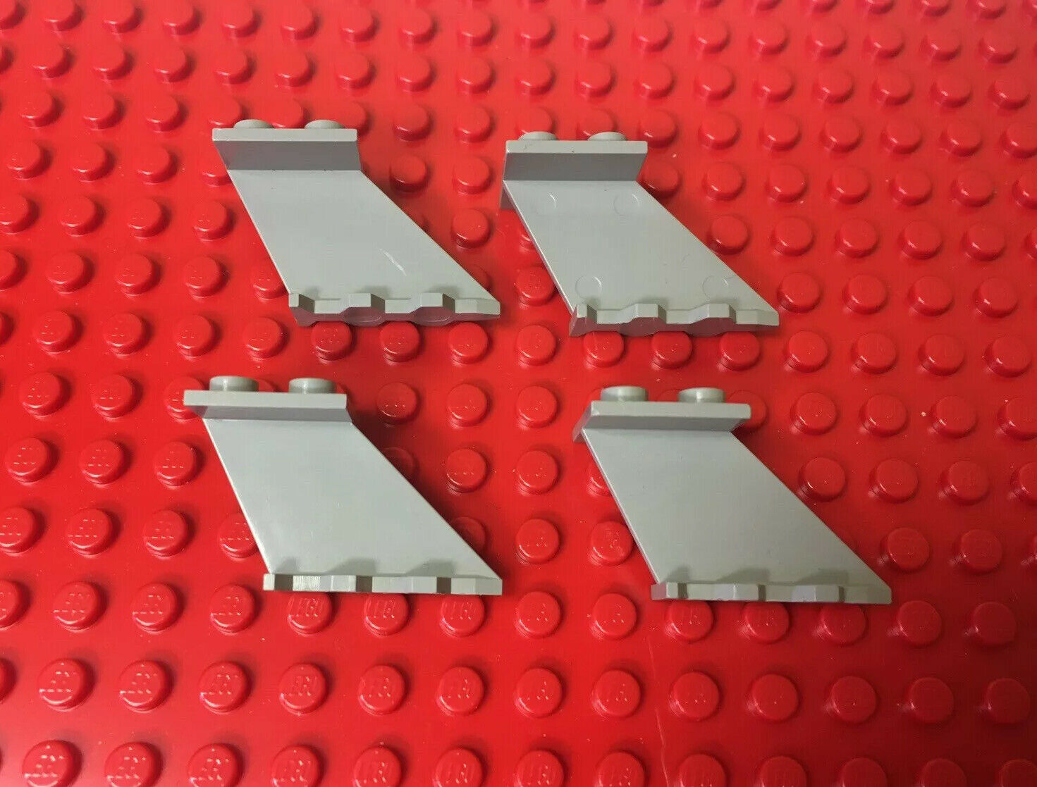 Lego Lot of 25 New White Tail 4 x 1 x 3 Pieces Parts