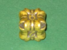 IRONDIE YELLOW REGENERATION Gold-gelber Metall Würfel