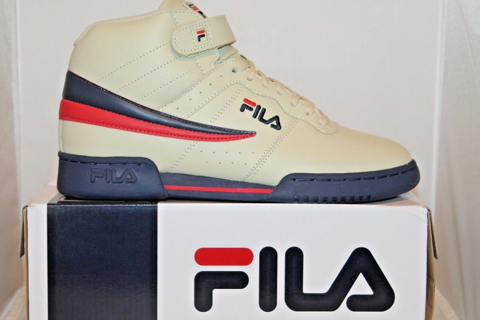 Mens Fila F13 F-13 Classic Mid High Top Basketball shoes Sneakers Cream and Navy