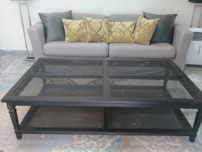 Bargain Black wooden coffee table
