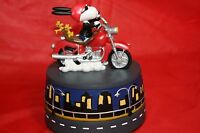 Peanuts Snoopy Westland Born To Be Cool Music Box/figurine Wt 8838