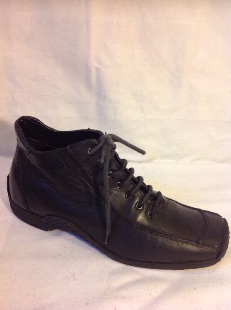 FUN Street Black Ankle Leather Boots Size 39