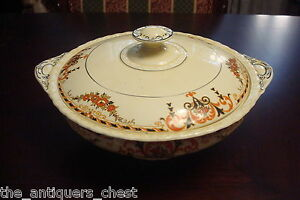 1930-039-s-Myott-England-porcelain-tureen-with-lid-6-034-tall-by-10-034-long-13