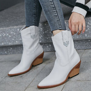 Fashion New Embroidery Velvet Women Ankle Boots Round Toe Block Heels Winter New