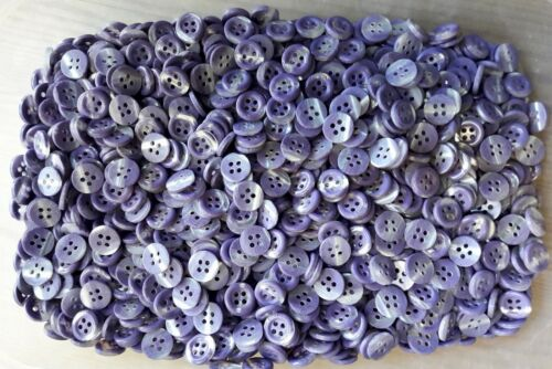 S14 Small 11mm 18L Light Purple Swirl Pearlescent 4 Hole Shirt Craft Buttons