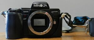 Minolta Maxxum 7000 35mm SLR Camera Body only & Minolta 4000 AF flash & case