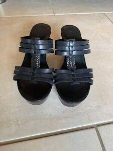 UGG-039-Mattie-039-Black-Leather-Wedge-Sandals-Women-039-s-Size-7W