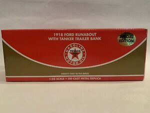 Ertl Texaco 1918 Ford Runabout with Tanker Trailer Special Ed. #21 Diecast NIB