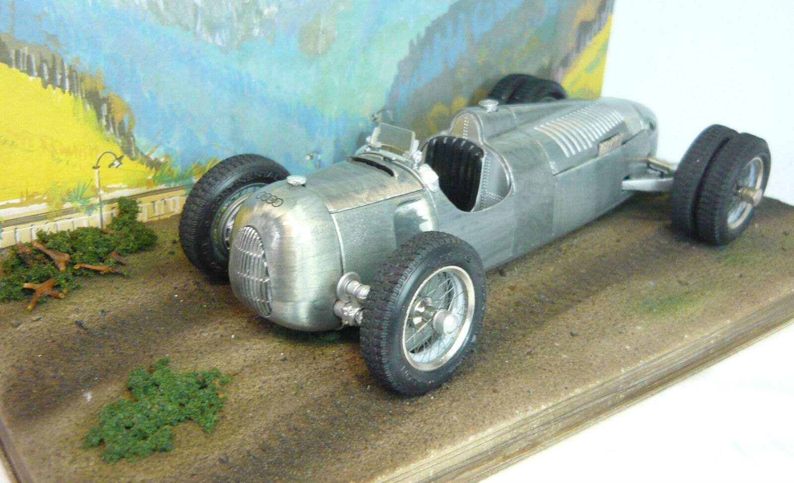 Revival Auto Union Racing Car gedengelte Version 1 20 Finished Model New & in Original Box