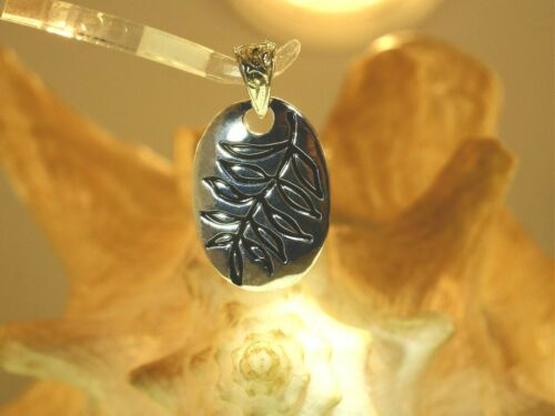 hoku STAR FOREVER Heavy 925 Silver Hawaiian Palapalai Lace Fern /& Turtle Pendant