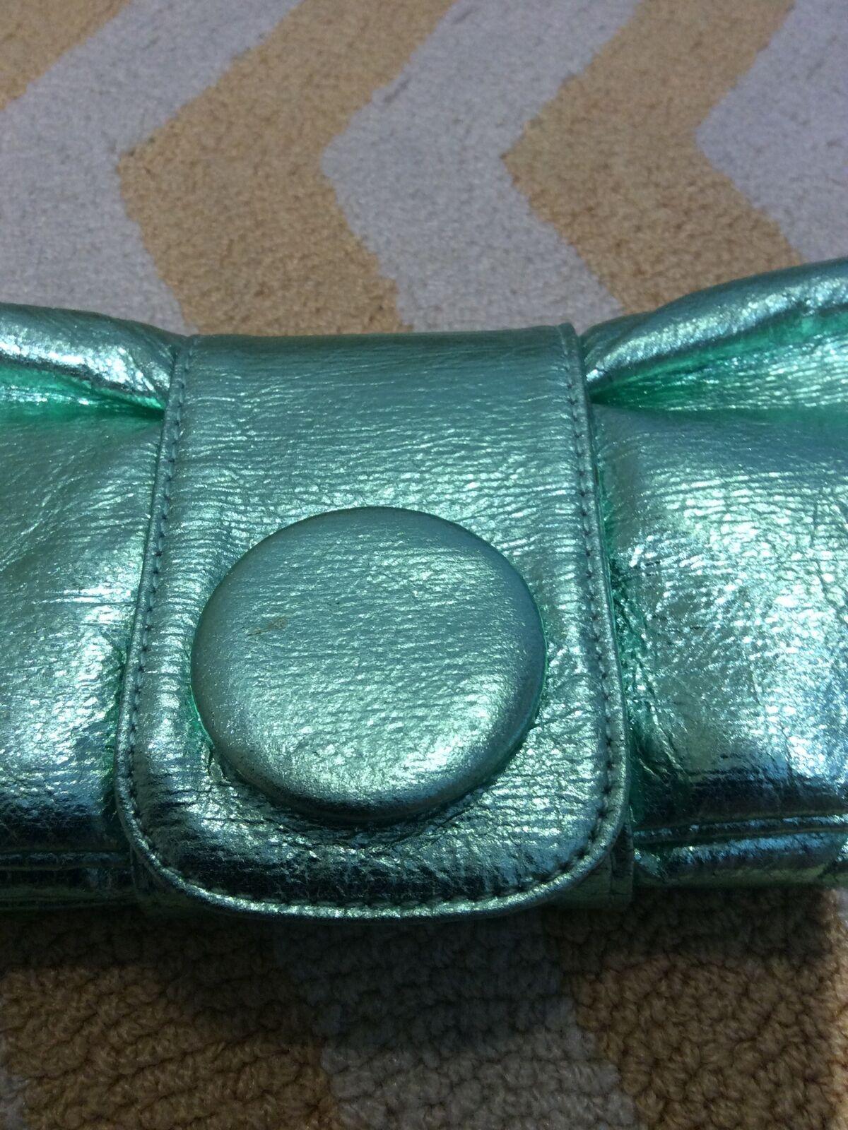 SR Squared Sondra Roberts Green Faux Leather Clutch