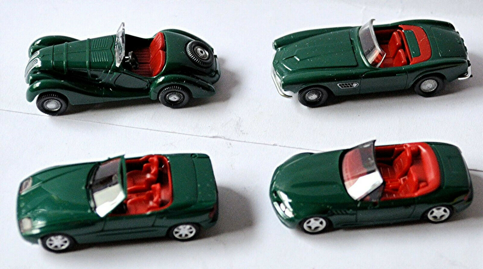 BMW Roadster 1936-1996 328 , 507 , Z1, Z3, 4 Camión Set Racing green 1 87 Herpa