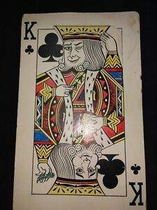 Jumbo-Comedy-King-of-Clubs-Playing-Card-Tipping-His-Hat-Novelty-Gag-Joke