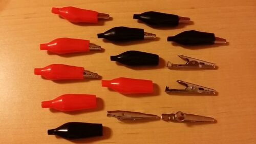 Lot de 10 pinces crocodile neuves isolées rouge et noir