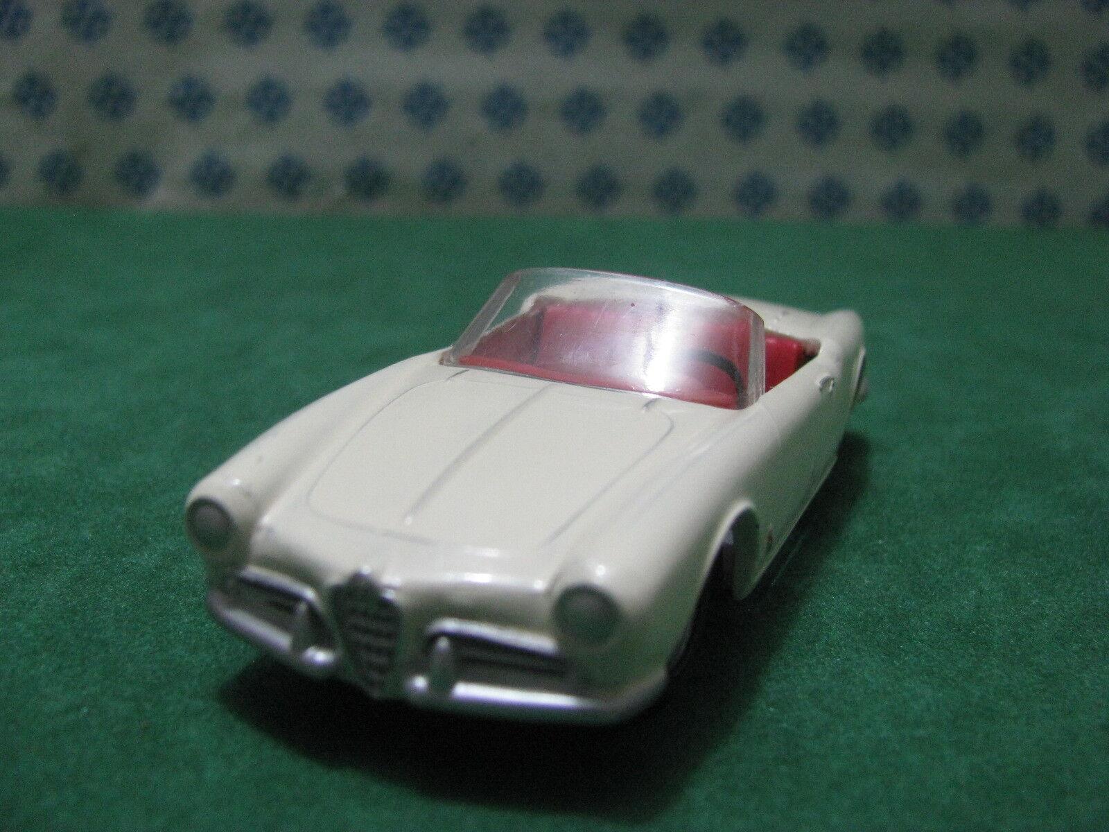 Vintage - Alfa Romeo Giulietta Spider - 1 43 Solido 106 Série 100