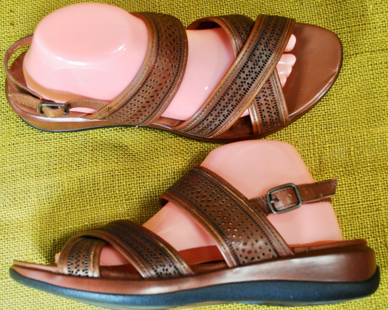 SOFT WALK SHOES TRIBES SANDALS Womens 11 Brown Leather Cross Strap Flat Casual