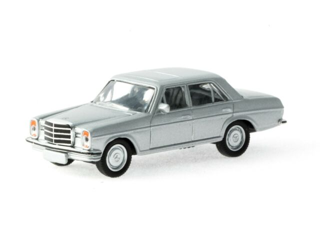 SCHUCO HO scale DIECAST ~ MERCEDES BENZ 8 ~ FULLY ASSEMBLED 1/87 MODEL