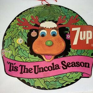 7up-In-Store-Holiday-Promo-039-Tis-The-Uncola-Season-Reindeer-Window-Wreath-Sign