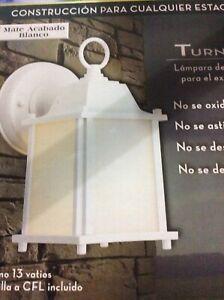 White 13 Watt Exterior CFL Wallpack Outdoor Wall Light w//Bulb