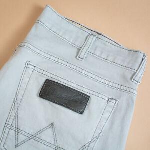 Label W34 L34 W 32 L 34 Vintage Wrangler Jeans Straight Leg Zip Fly Black