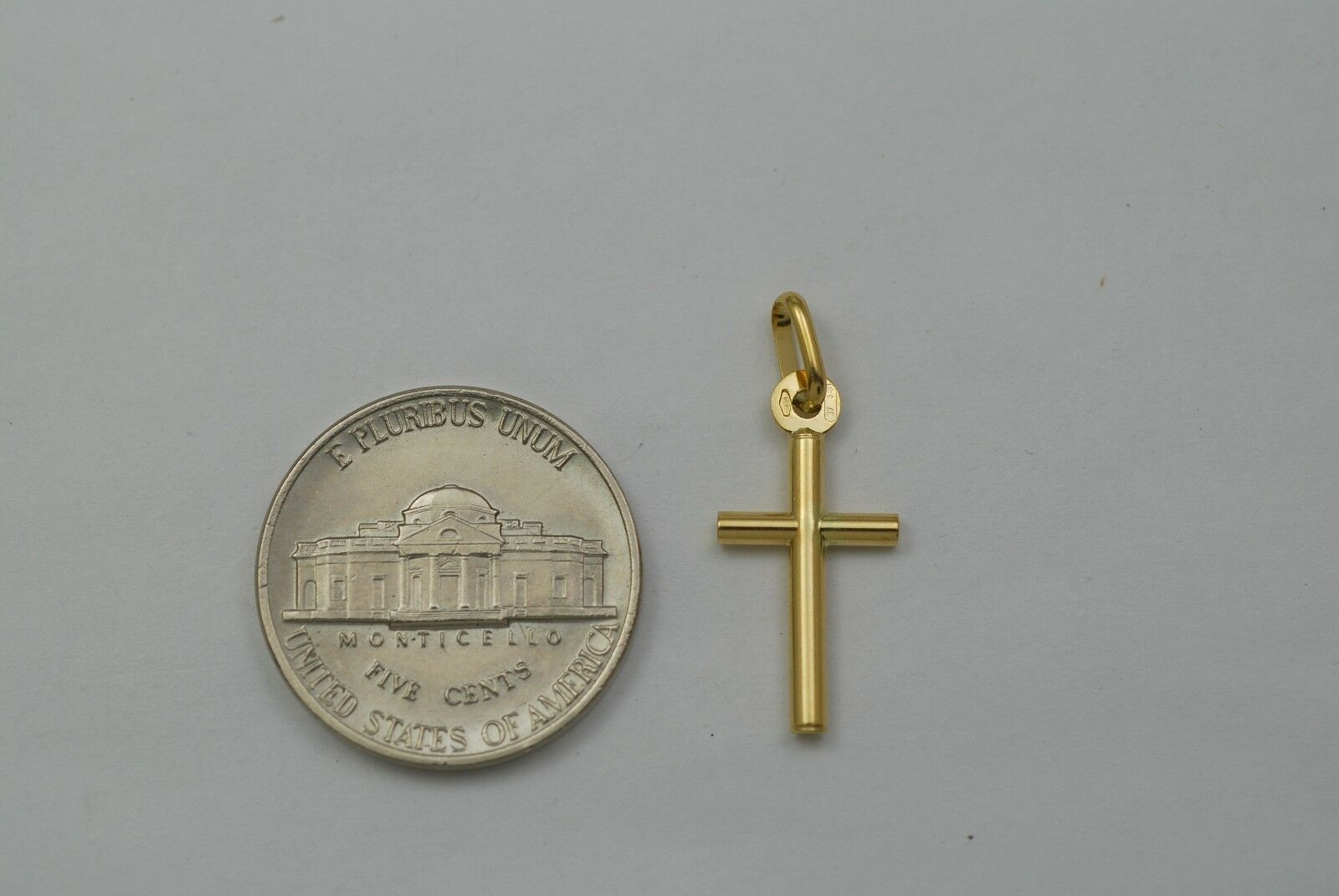 18K gold small plain cross pendant