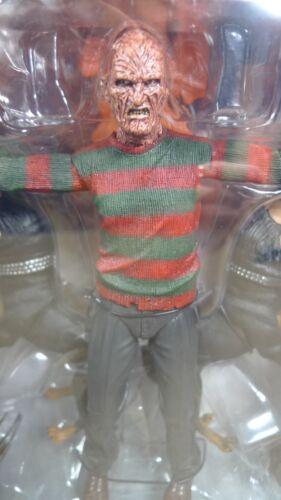 Neca Ultimate Freddy Krueger nightmare on Elm Street 2 FREDDYS Vengeance Figure